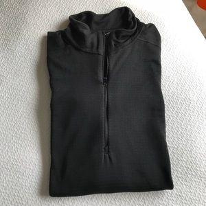Patagonia 1/4 zip pullover. All seasons